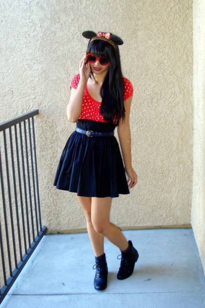red Forever 21 top - red DIY Minnie Mouse headband accessories - black H&M skirt
