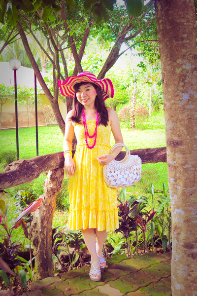 Yellow Dresses Pink Hats Pink Accessories Yellow