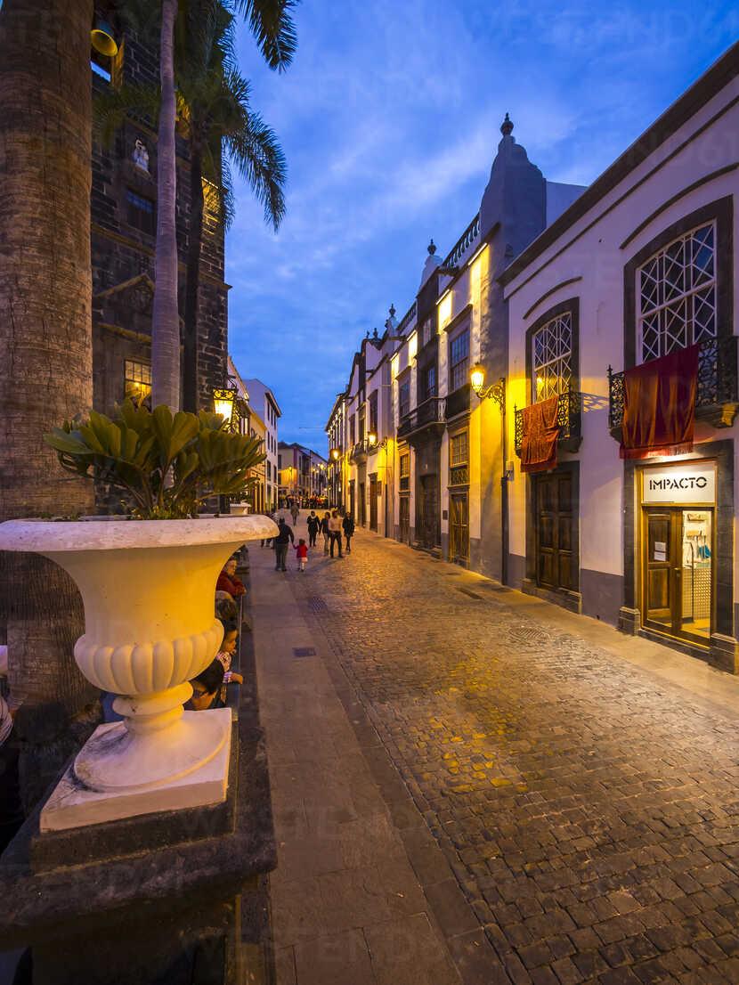 https www westend61 de en imageview am003628 spain canary islands la palma santa cruz de la palma calle vandale