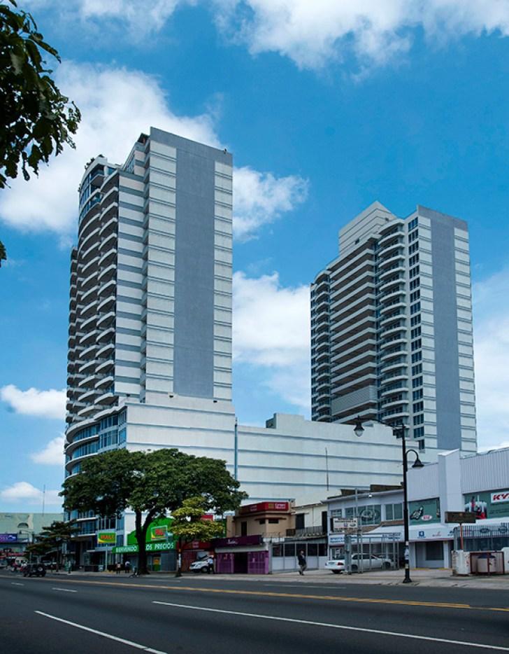 Apartamento en piso 18 de Torres Paseo Coln  InmoTico