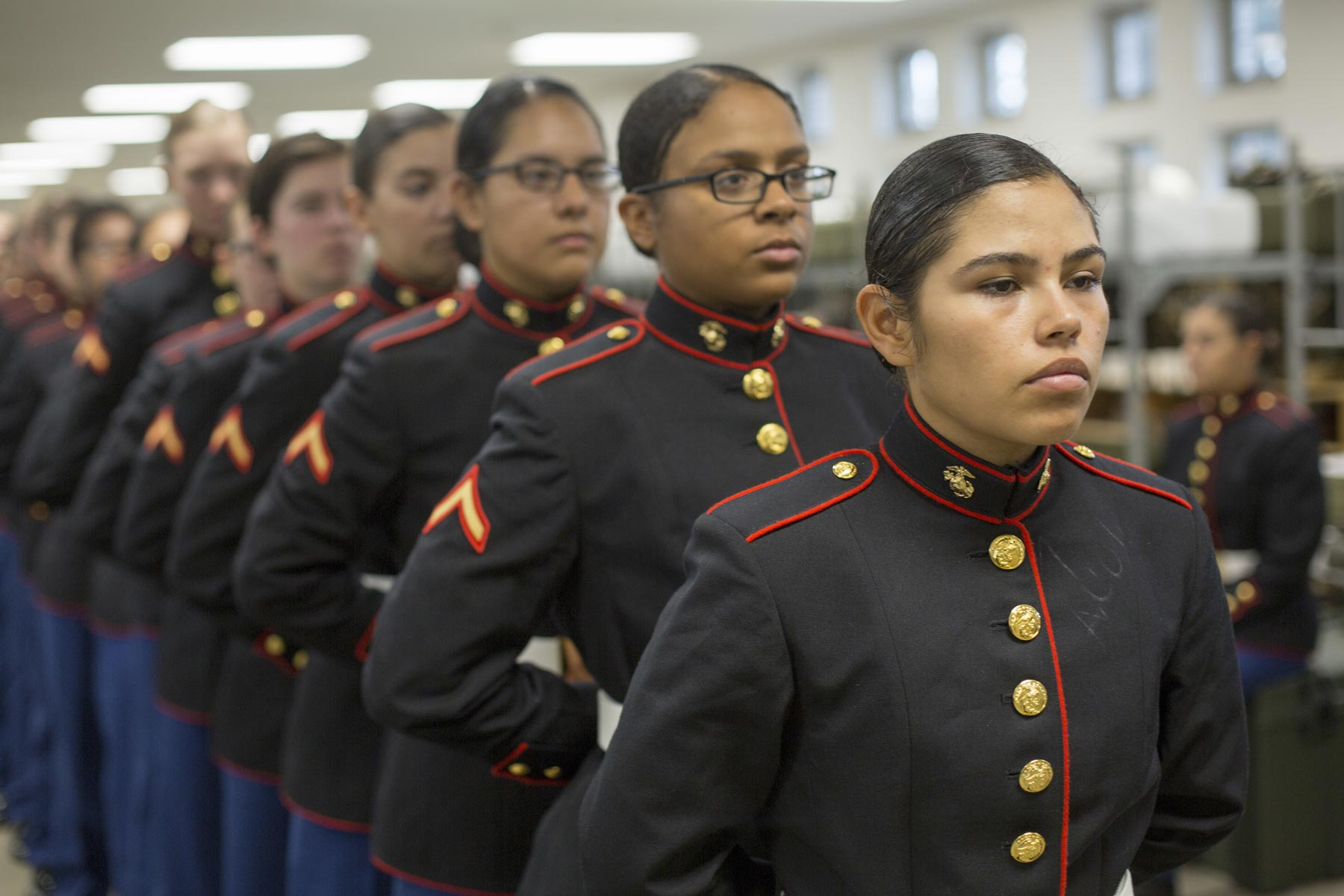 First Class of Female Marine Recruits Graduates in New Dress Blues  Militarycom