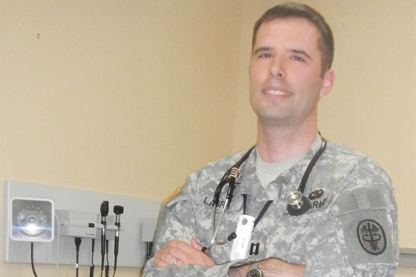 Wounded Warrior Becomes Military Doctor  Militarycom