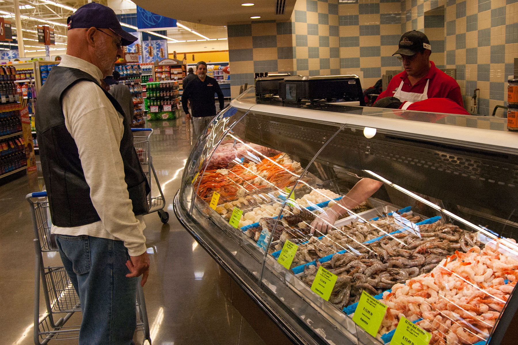 Falling Commissary Sales Are Raising Risks to Shopping Benefit  Militarycom