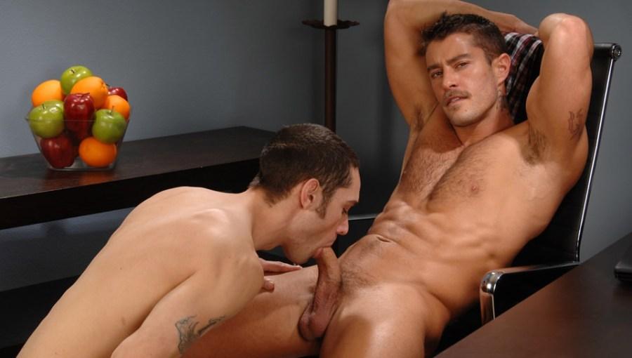 Prendere un carico fuori   Cody Cummings, Phillip Hermore (CodyCummings.com)