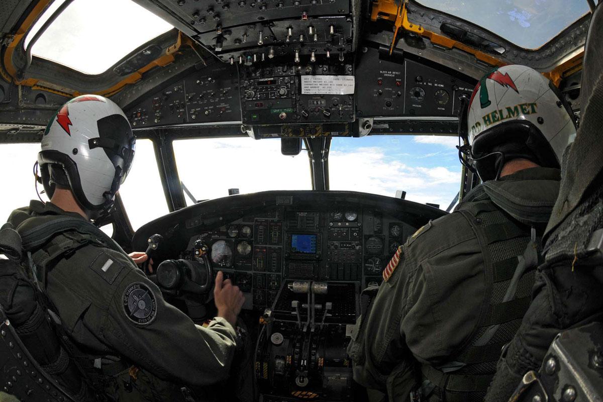 E2C Hawkeye  Militarycom