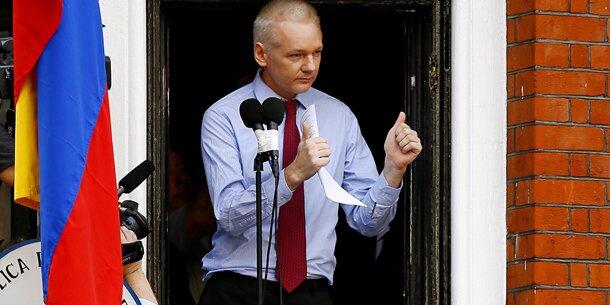 Assange: LIVE-Auftritt in London