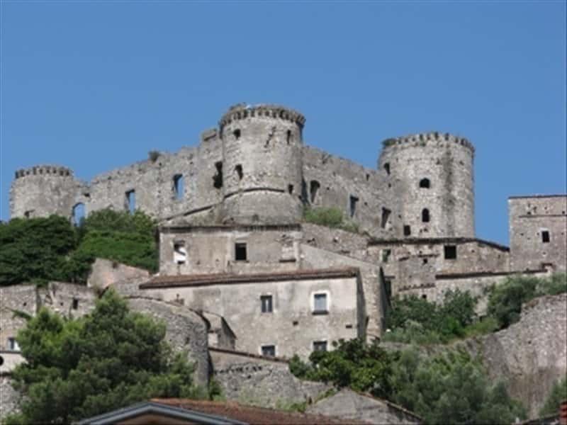 Castello del Matese Caserta e dintorni Campania  Locali d