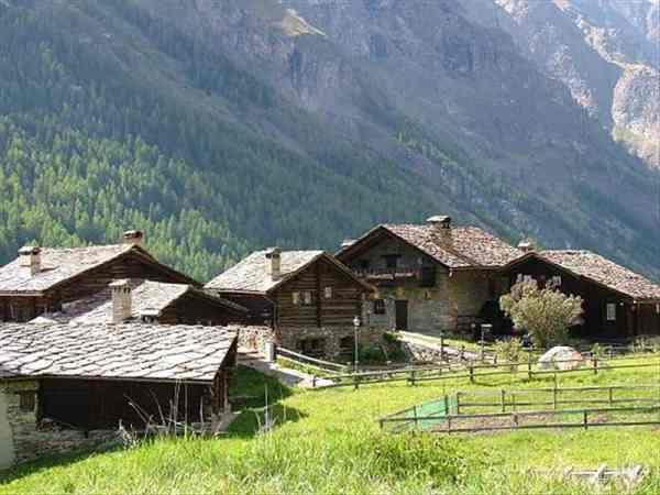 Valsavarenche Gran Paradiso Valle d39Aosta Vino d39Autore