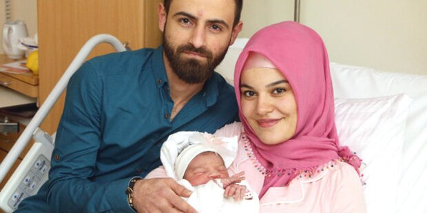 Neujahrsbaby ist Opfer von Hass im Netz