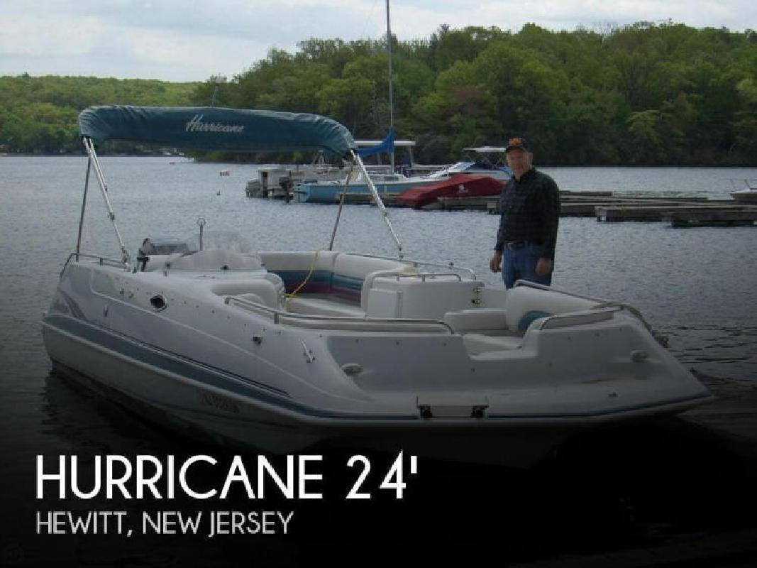 2000 201 Fundeck Hurricane