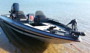 17' 1994 Stratos 217 Bass Boat for Sale in Keswick