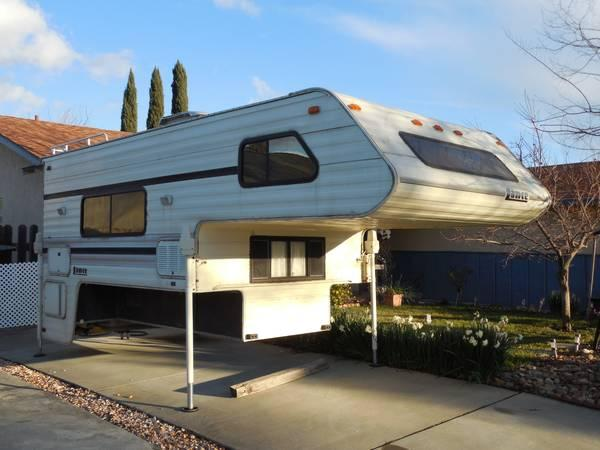 1993 Lance cabover Camper  for Sale in Vacaville