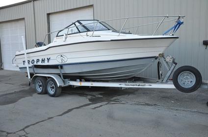 1995 BaylinerTrophy2002 Walkaround Offshore Fishing