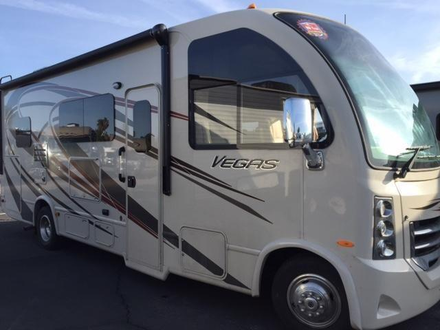 2015 Thor Vegas 25.1 NEW FLOOr PLAN!!! For Sale In Mesa