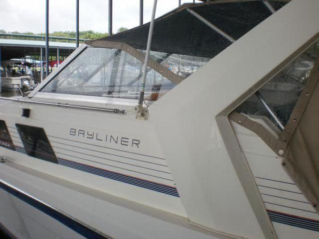 28 1985 Bayliner 2855 Contessa for Sale in Paris Tennessee Classified  AmericanListedcom