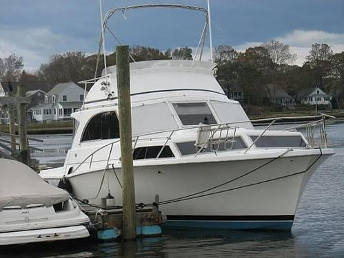 33 Pacemaker Flybridge 1970 for Sale in Westbrook Connecticut Classified  AmericanListedcom