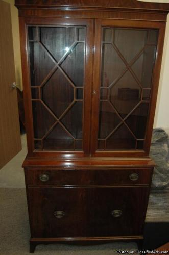 Antique American Chippendale China Cabinet Cup Board Hutch