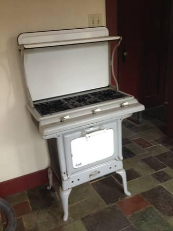 Antique Roberts  Mander Gas Stove  for Sale in