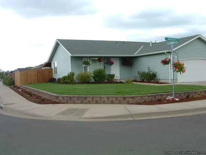 Bedroom for rent ( Albany, Or) for Sale in Albany, Oregon