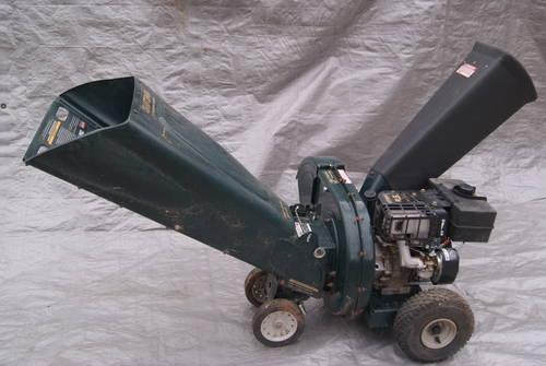 Yard Waste Chipper Shredder
