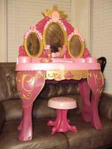 disney princess chair lightweight folding chairs hiking talking, light-up vanity set - (prunedale / salinas) for sale in monterey ...