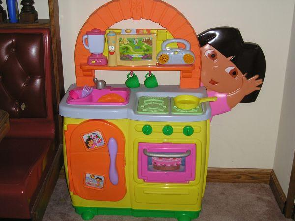 Dora Talking Kitchen (ripley, Ny) For Sale In Erie