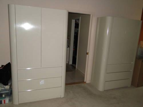 High Gloss Formica Master Bedroom Set for Sale in