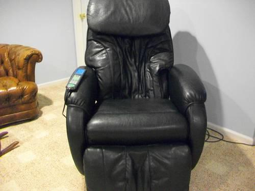 Micro Touch MT2003 Electric Massage Chair with Remote