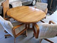 OAK DINING SET WITH 4 CASTER CHAIRS - (Story City--10 mi N ...