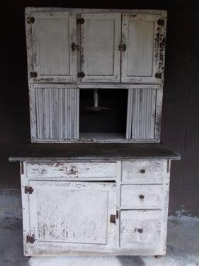 kitchen table and corner bench design ideas for small kitchens primitive farmhouse hoosier cabinet with zinc top ...