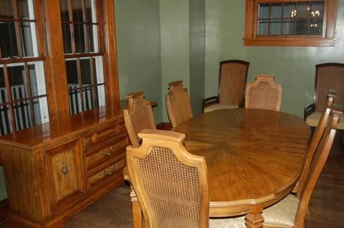 Stanley Furniture 9 Piece Dining Room Set For Sale In
