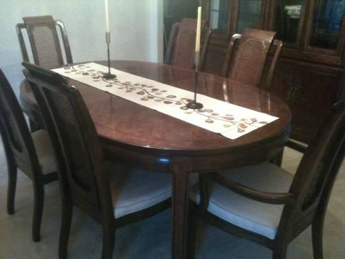 Thomasville Mystique Dining Room Set Table Chairs ServerChina Cab For Sale In Barrington