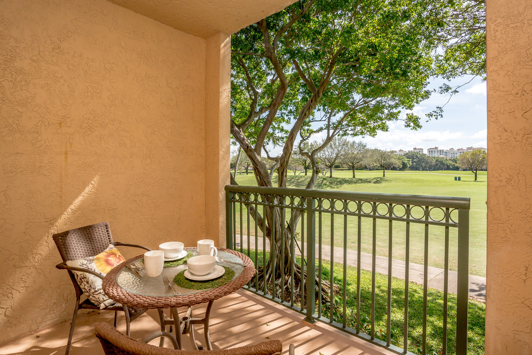 mizner on the green luxury townhomes