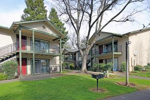 Redwood Cove Apartments