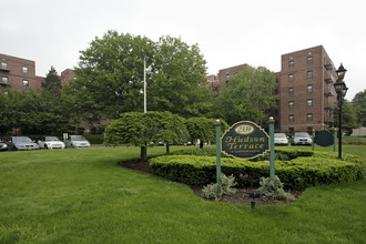 Building Photo Hudson Terrace Apartments In Fort Lee New Jersey