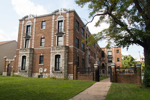 5349 Cabanne Ave Apartments