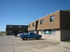 Cross Timbers Apartments