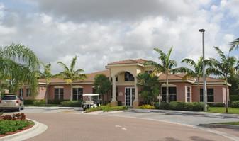 Sanctuary Cove Apartments