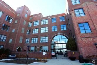 Ovaltine Court Rentals  Villa Park IL  Apartmentscom