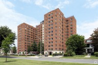 River Plaza Apartments Rentals - Harrisburg, PA ...