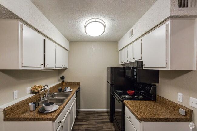 Bradford Woods Apartments  Nashville TN  Apartmentscom