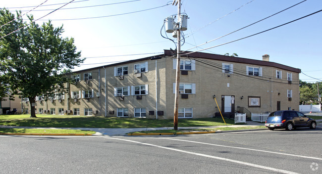 Holly House Apartments Apartments