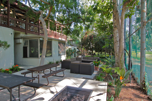 16 Silver Lake Apartments For
