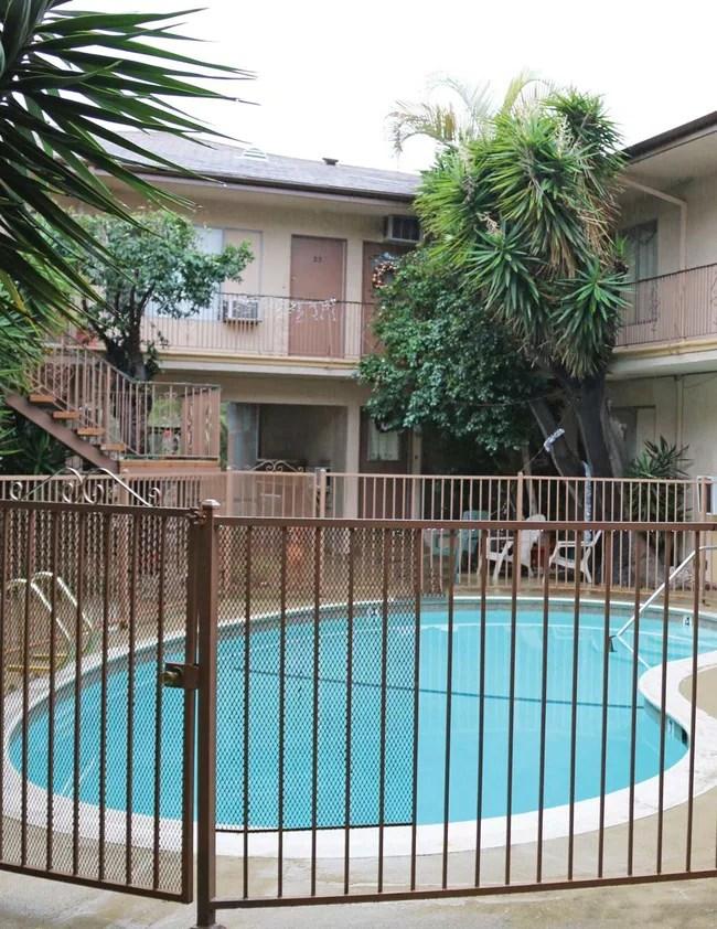 5427 Carlton Way Los Angeles CA 90027 Rentals  Los