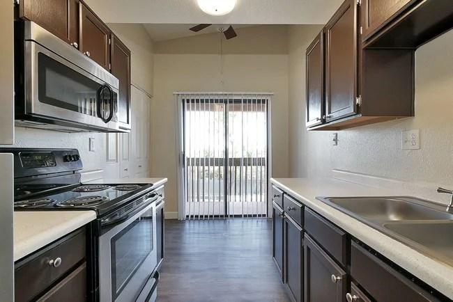 Renaissance Apartment Homes Rentals  Phoenix AZ