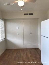 1 Bedroom Tower District Charmer!