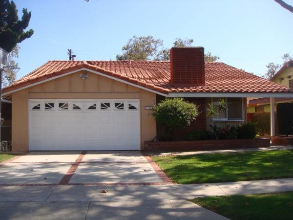 House In Torrance 3 Bed 2 Bath 3200