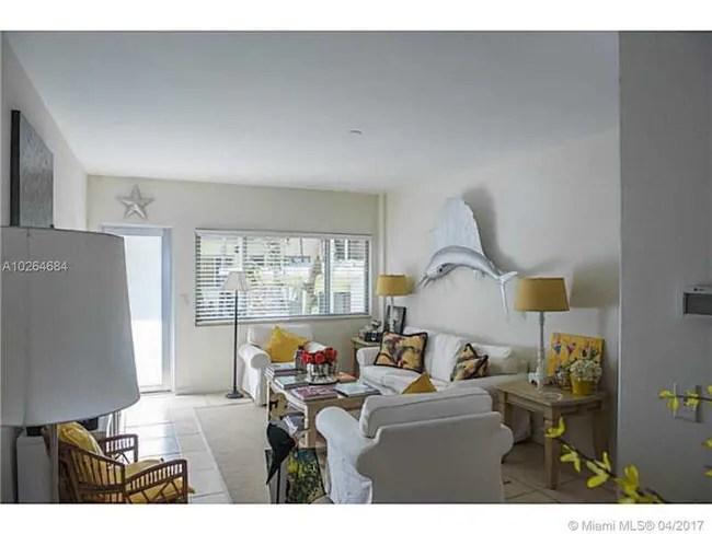Condos Florida Miami Beach 1840 James Ave Unit 10 Primary Photo