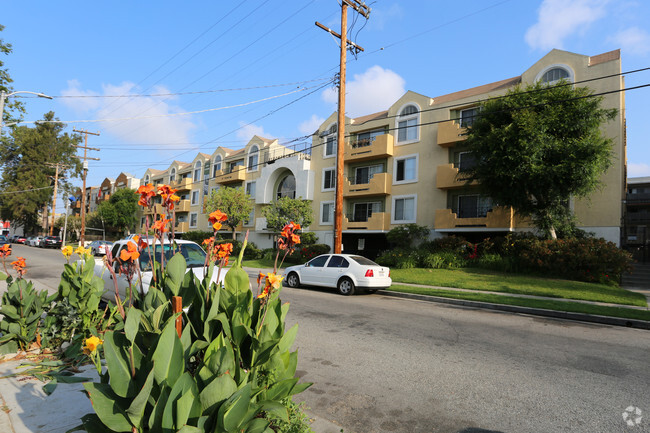 Cheap 2 bedroom apartments in north hollywood ca - 2 bedroom apartments north hollywood ...