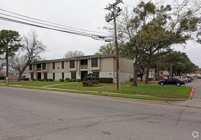 Crescent Ridge Apartments Rentals  Irving TX  Apartmentscom